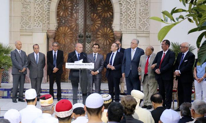 Lors de son discours prononcé à la Grande Mosquée de Paris, jeudi 22 juin, Gérard Collomb a émis le souhait de mettre en place une instance interreligieuse de dialogue auprès du ministère de l'Intérieur.