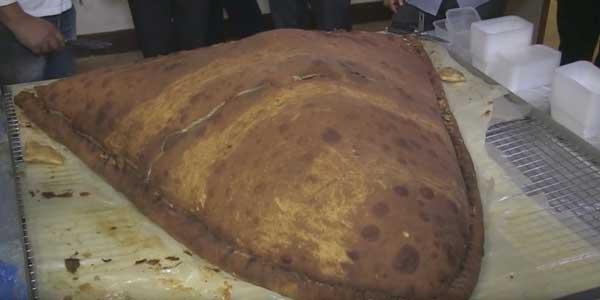 Le record du plus grand samossa au monde battu par une ONG musulmane