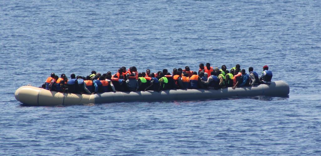 Migrants tentant la traversée de la Méditerranée © Flickr