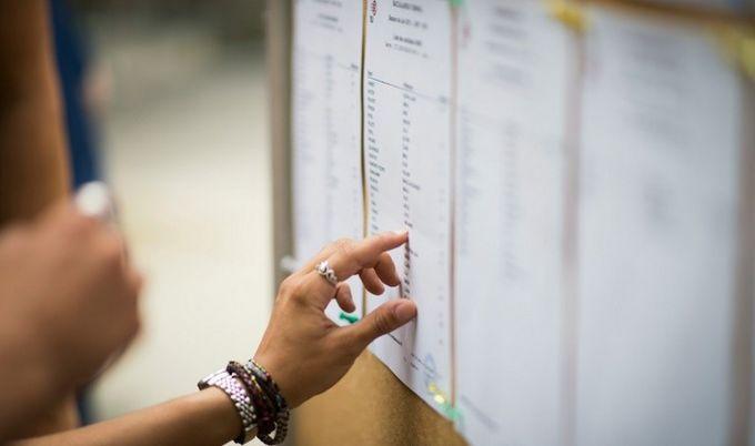 Rentrée : le calvaire des étudiants sans affectation post-bac, quelles solutions ?