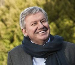 Jean-Claude Marcourt, l'Enseignement supérieur, de la Recherche et des Médias en  en Fédération Wallonie-Bruxelles