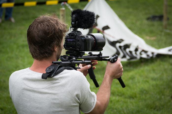 Tourner un film sans investir des millions d'euros, c'est faisable. (© D. R.)
