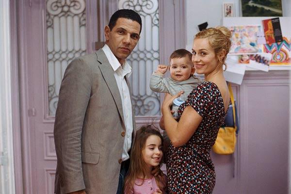 Dans le film « Mauvaise foi », réalisé par  Roschdy Zem en 2006, Ismaël est musulman, Clara est juive. Ils forment un couple heureux, jusqu'au jour où Clara tombe enceinte… (photo © Wild Bunch Distribution)
