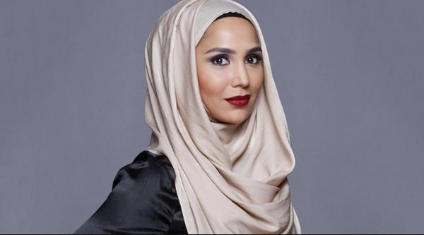Amena Khan contrainte de se retirer de la campagne L'Oréal pour des tweets anti-Israël