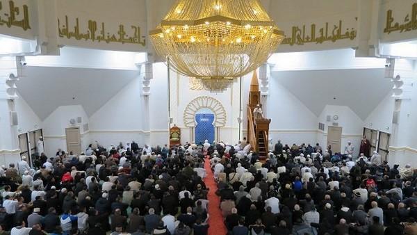 La structure de représentation des musulmans de France doit émerger d'eux-mêmes, de la base
