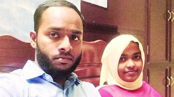 La conversion à l'islam de Hadiya après sa rencontre avec Shafin Jahan (ici à l'image) a poussé les parents hindous de la jeune femme à saisir la justice pour faire annuler le mariage, arguant que la conversion de leur fille est forcée. L'affaire est devenue nationale après la saisine de la Cour suprême qui a tranché mi-mars en faveur du couple. © Indian Express