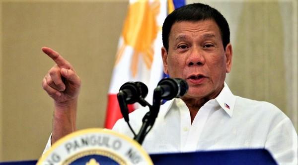 Le président des Philippines veut plus de musulmans dans la police et l'armée
