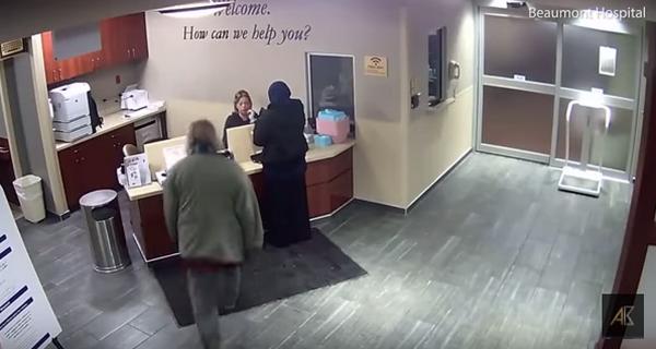 USA : un hôpital du Michigan poursuivi après l'agression d'une femme voilée (vidéo)