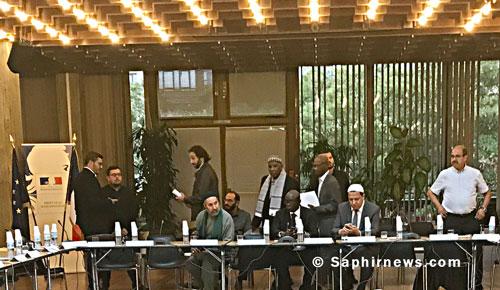 Le 13 septembre, le préfet de Seine-Saint-Denis réunissait une trentaine de personnes aux assises départementales de l'islam. Parmi l'assemblée, de nombreux représentants de mosquées (Noisy-le-Grand, Montfermeil, Pierrefitte, Drancy, Bagnolet...).