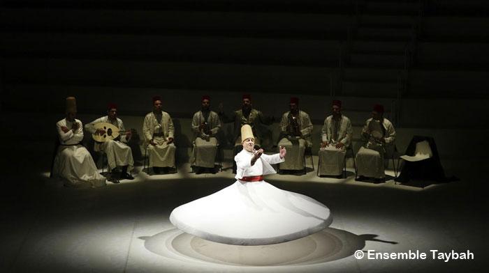 Tables rondes, spectacles, expositions, rencontres littéraires et contes sont au programme du 2e Festival soufi de Paris. Ici, l'Ensemble Taybah, qui se produit le 7 décembre, à la Halle Pajol (Paris 18e), à l'occasion de la « Grande Nuit soufie ».