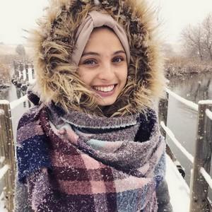 La chanteuse Mennel annonce son expatriation aux États-Unis