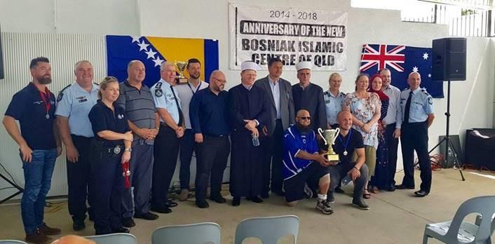 Australie : quand imams et policiers jouent ensemble au football