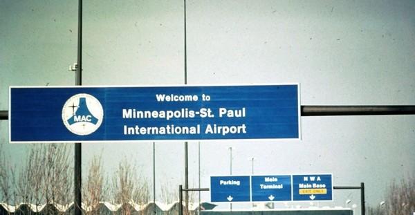Etats-Unis : face au shutdown, des musulmans offrent des samoussas aux employés de l'aéroport du Minnesota