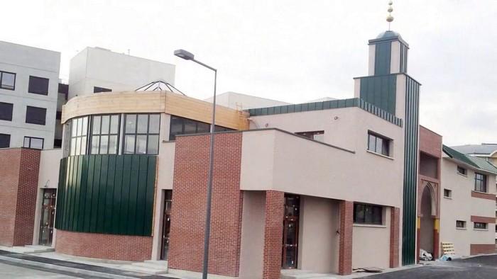 La mosquée Maryam, la première édifiée à Caen, ouvre ses portes aux fidèles