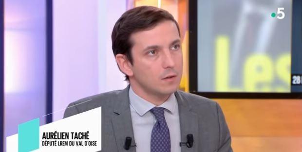 Serre-tête comparé au voile : Aurélien Taché présente ses excuses et s'explique