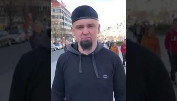 A Prague, un appel aux musulmans à s'armer pour se protéger divise
