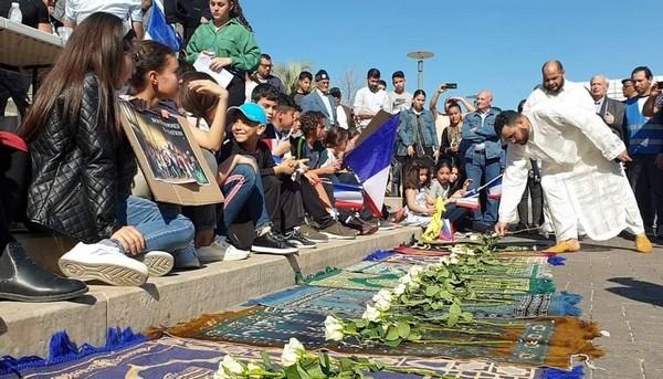 Près de 500 personnes se sont rassemblées à Béziers contre l'islamophobie samedi 23 mars à l'appel des mosquées locales. © Facebook/Errahma