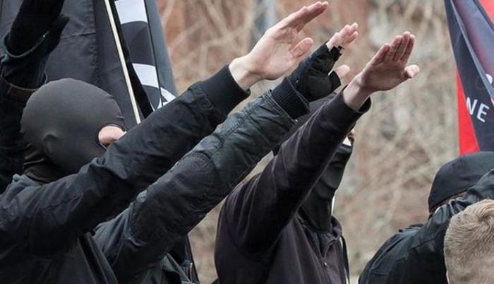 Stéphane François : « Il ne fait pas bon d'être musulman en Europe »