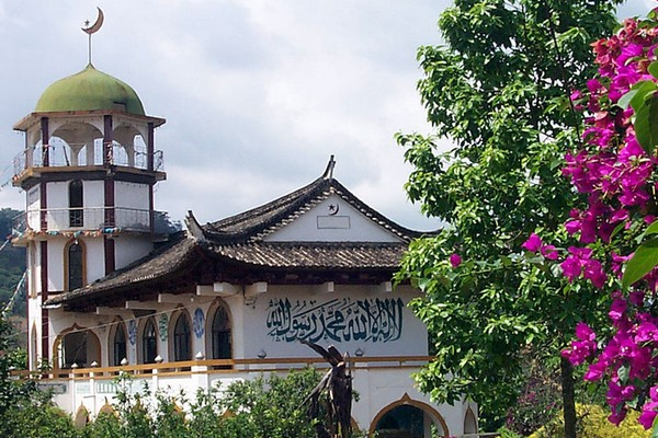Chine : une destruction à grande échelle de mosquées et sites musulmans au Xinjiang
