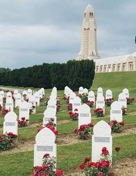 A l'ossuaire de Douaumont, une cérémonie d'hommage aux soldats musulmans morts pour la France