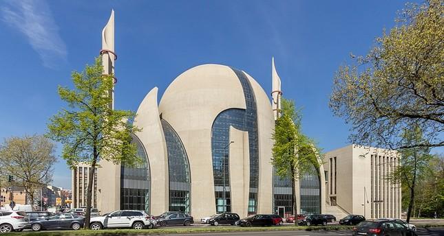 Allemagne : la mosquée de Cologne évacuée après une alerte à la bombe