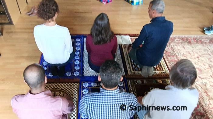 Une prière mixte dirigée par des femmes, une première en France qui bouscule les habitudes des musulmans