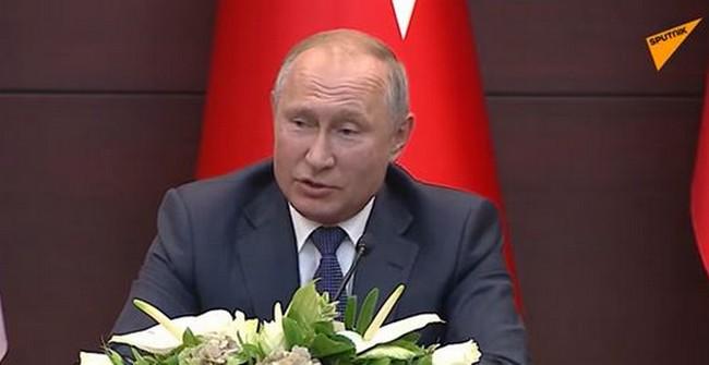Quand Vladimir Poutine cite le Coran pour inviter l'Arabie Saoudite à acheter des armes russes