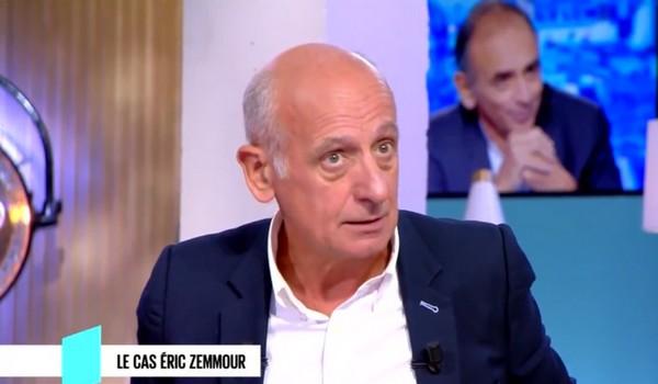 Pour Jean-Michel Aphatie, le « délinquant » Eric Zemmour doit être interdit d'antenne (vidéo)