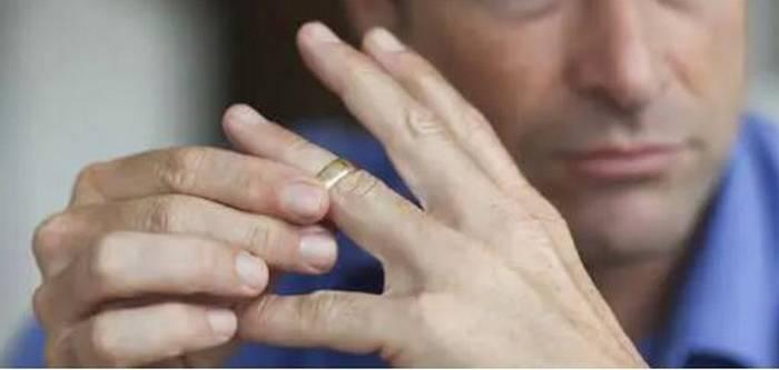 Redouane : « Je demande conseil pour un frère, souvent en clash avec sa femme »