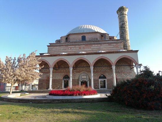 Grèce : une mosquée historique attaquée par deux fois en un mois