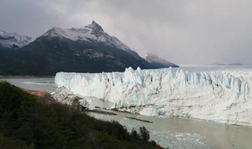 Le célèbre glacier Perito Moreno, en Patagonie argentine. 2019. © Lucas Ruíz