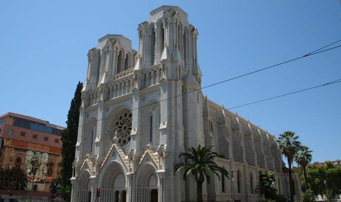 Attentat à la basilique Notre-Dame de Nice : trois morts, ce que l'on sait sur l'attaque