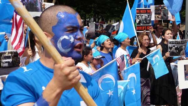 Une marche unitaire « contre le génocide ouïghour » organisée à Paris