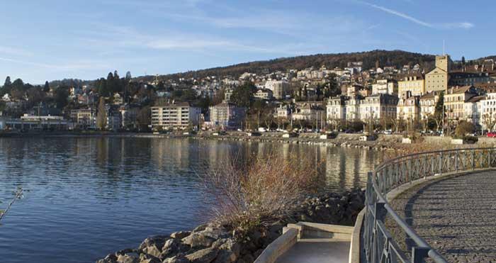 Suisse : malgré le soutien des Eglises, la reconnaissance de nouvelles religions rejetée à Neuchâtel