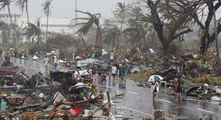 Typhon aux Philippines : pire que le séïsme d'Haïti