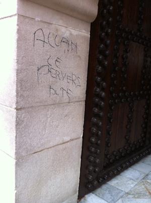 Islamophobie : tags injurieux à la Grande Mosquée de Paris