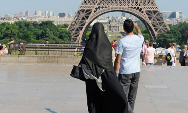 L'interdiction du niqab en France débattue à la CEDH