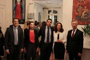 Les consuls de Tunisie (à g.), du Maroc (centre) et d'Algérie à l'inauguration d'Arts Périphériques.