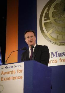La réussite de musulmans britanniques célébrée avec David Cameron