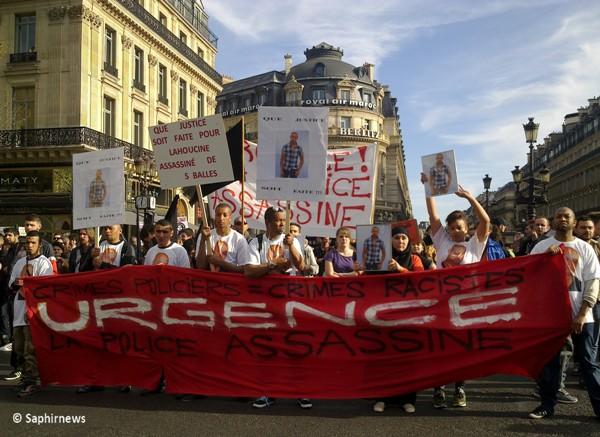 Une manifestation contre les bavures policières à Paris