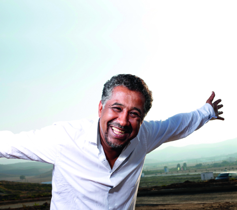 Cheb Khaled revient sur scène le 18 avril, à la Cigale, et le 19 avril, au Bataclan, à Paris. (Photo : © Fifou)