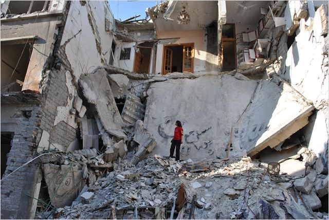 « Eau argentée, Syrie autoportrait », d'Ossama Mohammed et Wiaw Simav Bedirxan, qui, à travers leur documentaire, clament « le droit pour chaque Syrien d'habiter sa terre en paix ».