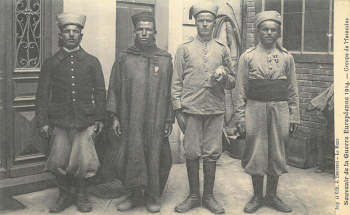 Groupe de marocains, carte postale, 1914 © Groupe de recherche Achac / DR
