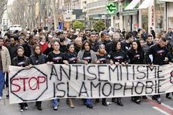 Manifestation contre l'antisémitisme et l'islamophobie, à Avignon, en 2010.