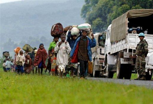 La République démocratique du Congo, en proie à un conflit armé depuis plusieurs années, compte plus de 2,6 millions de personnes déplacées à l'intérieur du pays (chiffres 2013) et 450 000 réfugiés originaires de la RDC exilés dans des pays limitrophes (Burundi, Rwanda, Tanzanie, Ouganda).