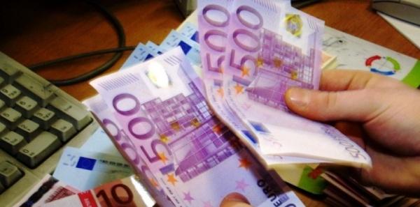 Être Noir et payer avec un billet de 500 € peut valoir une garde à vue !