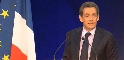 Sarkozy reparle d'islam, d'intégration et renvoie Dati à ses origines