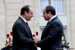 Hollande blanchit Sissi à Paris, les droits de l'homme en Egypte à la trappe