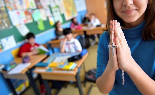 Luxembourg : le maintien des cours de religion à l'école réclamé