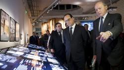 Le 15 décembre 2014, le président François Hollande inaugure le musée de l'Histoire de l'immigration, au Palais de la Porte dorée. Voilà sept ans que l'institution attendait son inauguration officielle.